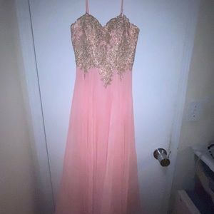 Prom dress / Gown